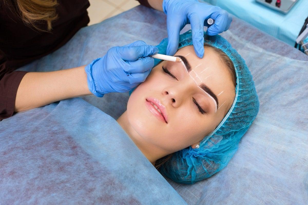 Eyebrow shaping service Boca Raton