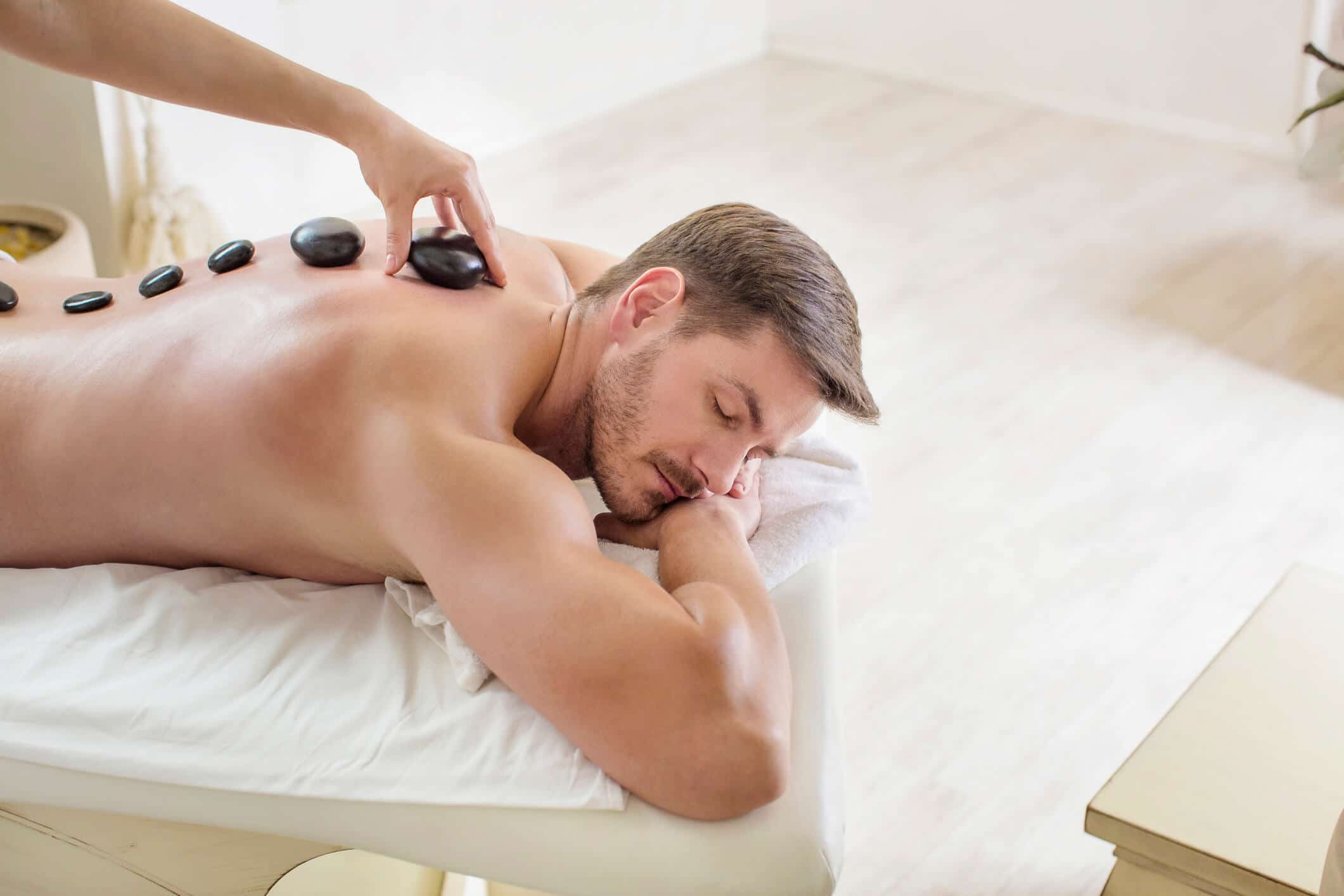 Hot Stone Massage Benefits For Your Body And Soul