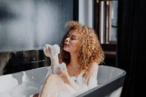 5 Benefits of a Body Scrub